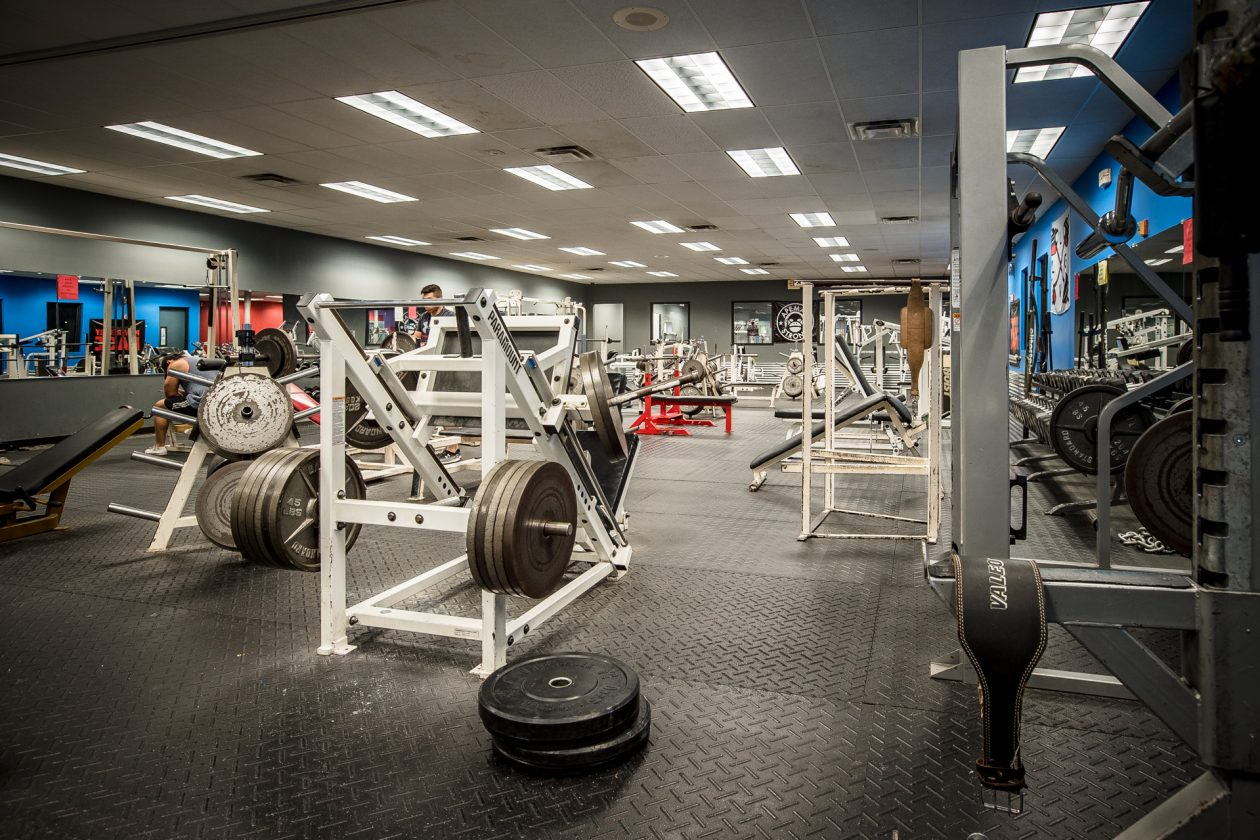River Valley Fitness - Weight Room